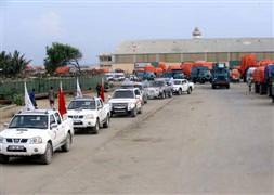 Mogadişu caddelerinde Türk konvoyu