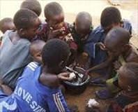 AB: Somali'ye yardım etmeyin