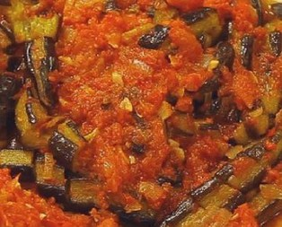 Zeytinyağlı Patlıcan Pilaki Tarifi