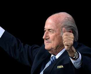 Blatter'e yolsuzluk tepkisi!