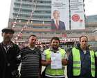 CHP'nin işten attığı işçilerden açlık grevi!