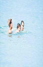 Dersimiz yüzme