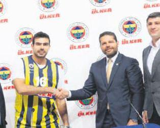 Kostas Sloukas imzayı attı!
