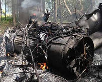 F-16 ile yolcu uçağı havada çarpıştı