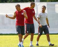 Podolski ve Burak birbirine girdi!