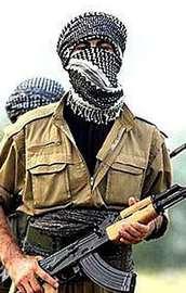 Eylem hazırlığı yapan 9 PKKlıya suçüstü!