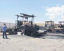 Teröristler 8 aracı yaktı