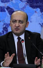 Akdoğandan Dolmabahçe açıklaması