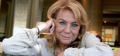 Türk tiyatro ve sinema oyuncusu Çolpan İlhan, bugün vefat etti.