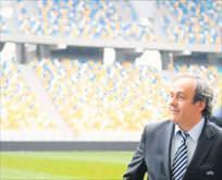 Platini FIFA başkanlığı için aday