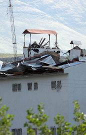 PKKdan karakola intihar saldırısı: 2 şehit!