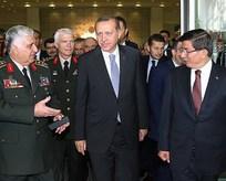 Erdoğan, Davutoğlu ve Özel ile görüştü