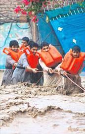 Yağmurlar can aldı: 161 ölü