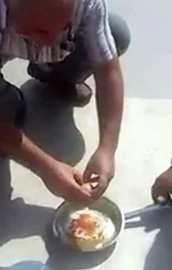 Betonda yumurta pişirdi