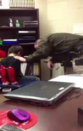 ABD polisinden 8 yaşındaki çocuğa kelepçeli işkence