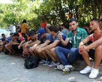 Kaçak göçmenler İtalya diye Mersine bıraktılar