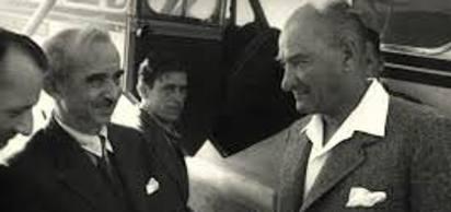 """Mustafa Kemal Atatürk, İsmet Paşa'ya """"İnönü"""" soyadını verdi."""