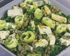Mercimekli Tofu Salatası Tarifi