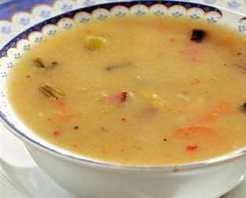 Sosisli Tarhana Çorbası Tarifi
