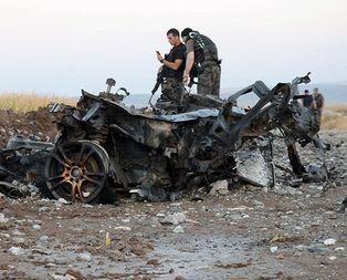 Kaçak otomobildeki bombalar infilak ettirildi