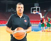 Ergin Ataman rest çekti: Bırakmıyorum!
