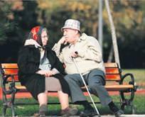 Emeklilere ev gençlere harçlık