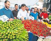 Davutoğlu pazarda