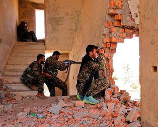 PYD ve YPG savaş suçu işliyor