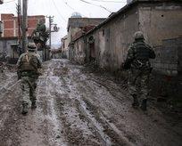 O bölgede çatışmalar şiddetlendi! 4 asker yaralı
