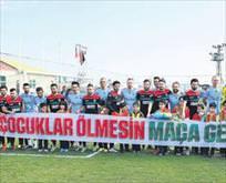 Fenerbahçe'ye pankart oyunu