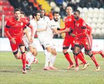 Mustafa Denizliden mini rotasyon
