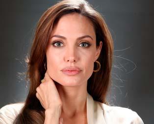 Angelina Jolie örnek oldu
