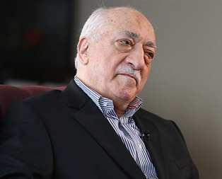 Gülen liberal gazetecileri paraya boğdu