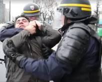 PKK yandaşları Fransız polisinden dayak yedi