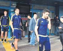 Fenerbahçe'ye düğün şoku Trabzon'da kaldılar!