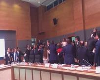 Kandilin kuklası HDP Mecliste de terör estirdi!