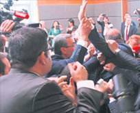 HDP'liler kavga çıkardı