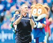 Trabzon'da son aday Nigel Pearson