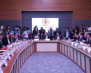 Gözler Anayasa Komisyonu'nda