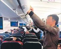 Uçakta milyonluk hırsızlık