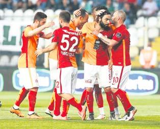 Galatasaray 5.'liğe inandı