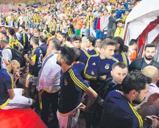 Pereira yönetime mesaj verdi: Kalmak istiyorum