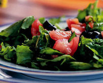 Zeytinli Roka Salatası Tarifi