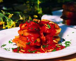 Domates Soslu Fırında Patates Tarifi