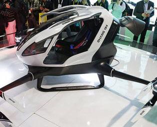 İşte yolcu taşıyan drone
