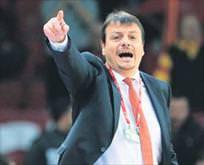 Ergin Ataman iddialı: Rio'ya gideceğiz
