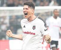 Gomez, Beşiktaşta kalacak mı?