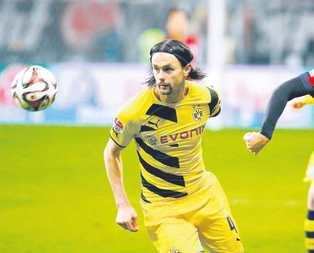 Neven Subotic Dortmund'a veda ediyor