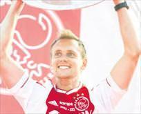 De Jong geliyor