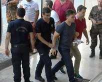8 darbeci pilot tutuklandı